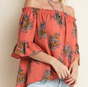 Tops - Off the shoulder floral top